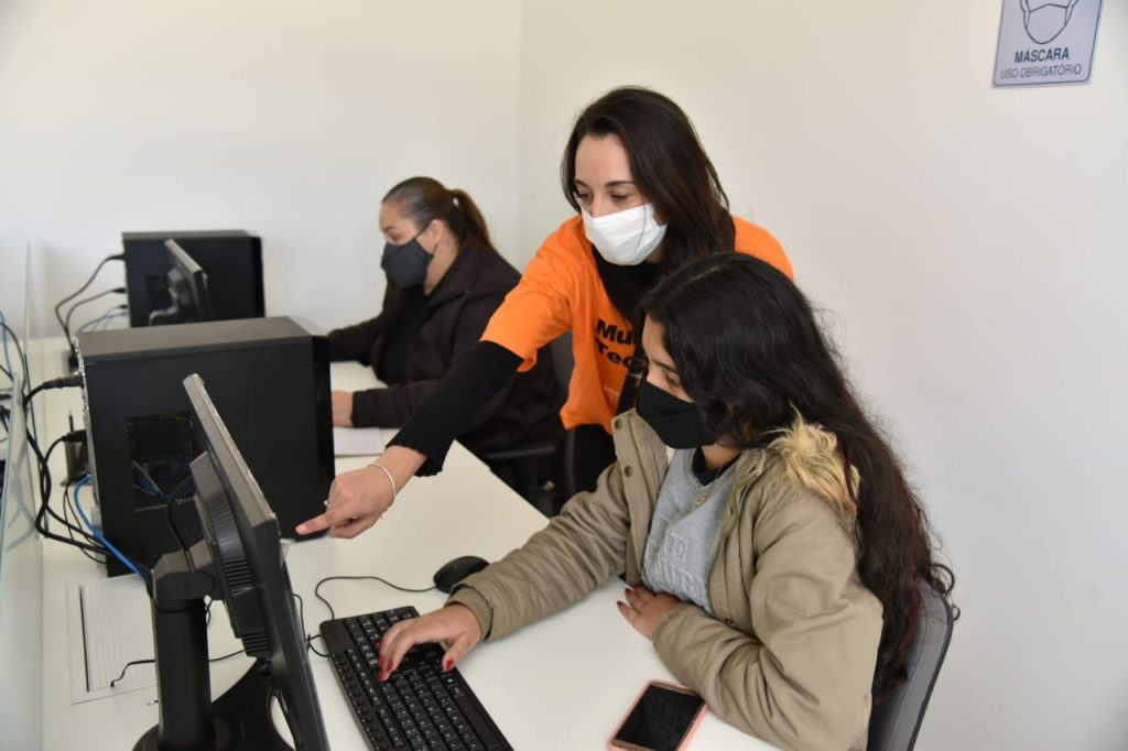 UTFPR Tech Girls 7